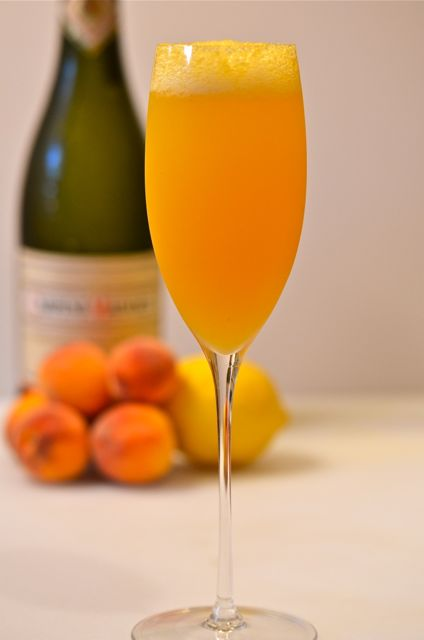 Weekly Cocktail #21: The Bellini « Putney Farm
