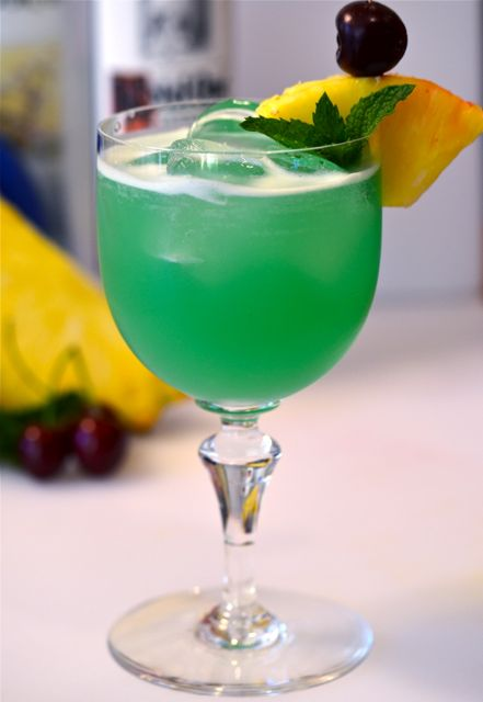 Blue Mixed Drinks For Wedding