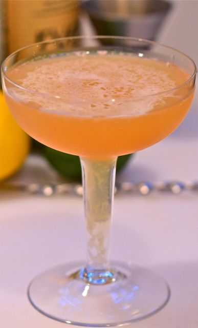 Weekly Cocktail #27: The Junior (and the Frisco Sour