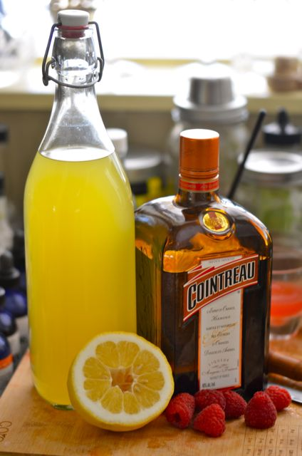The viveka cocktail and homemade limoncello liqueurs for Cocktail limoncello